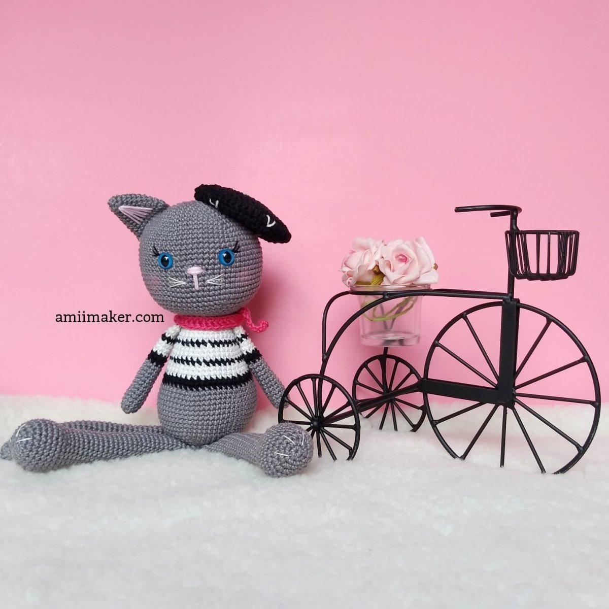Passo a passo: Linda, a Gatinha de Camisa Listrada/ Pattern: Linda, the Cat in the Striped Shirt